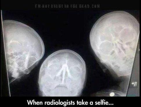 488x370xRadiologist-Selfie-copy_jpg_pagespeed_ic_YWbbg_mDao